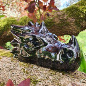 Dragon en obsidienne noire